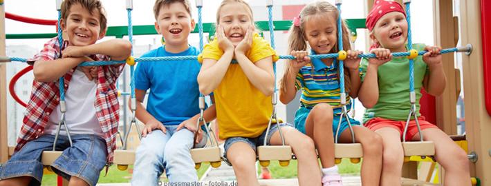 Kinderspielplätze: Sicherheit gewährleisten - Entwicklung fördern