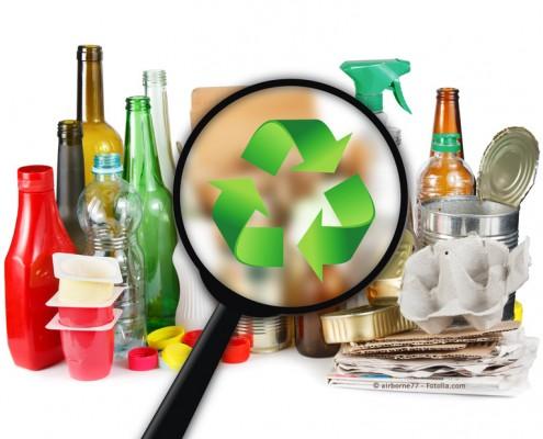 PET Flaschen und Schalen Recycling
