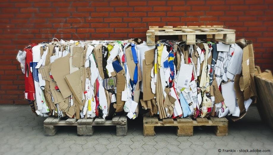 Altpapier Wiederverwendung für Kartonschachteln